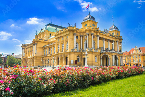 Photo sur Aluminium Opera, Theatre Croatian national theater in Zagreb, CroatiaCroatian national theater in Zagreb, Croatia