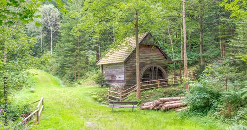 Papiers peints Moulins alte Mühle im Wald