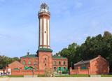 Niechorze, latarnia morska, została uruchomiona w grudniu 1866 roku. Wieża wysokości 45 m została wybudowana z licowej cegły