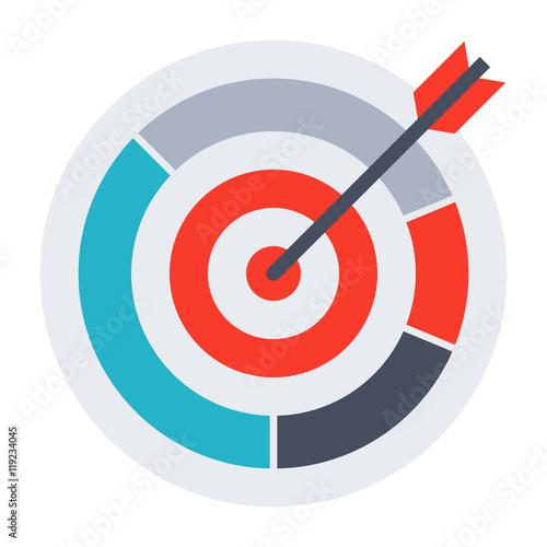 Fotografía  Arrow hit goal ring in archery target.