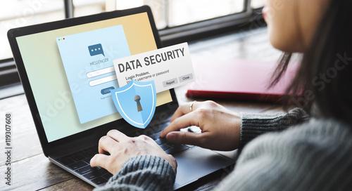 Fotografía  Data Security Digital Intenret Phishing Online Concept