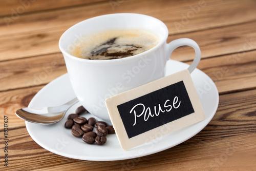 Fotografie, Obraz  Kaffee und Schild - Pause