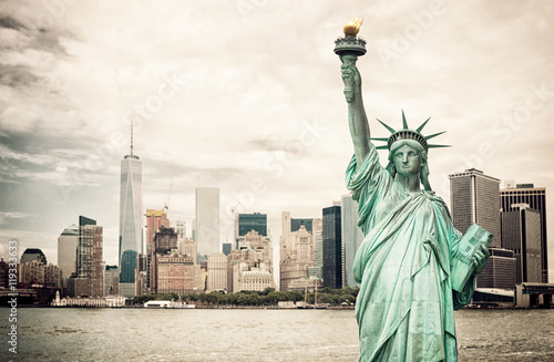 Photo sur Aluminium New York New York City and Liberty Statue