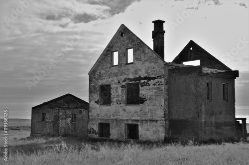 Abandoned home in Iceland. Fotobehang