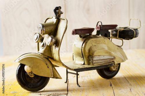 kolekcjonerski-model-skurera-vespa-bez-kierownicy