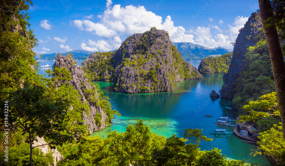 Fototapety, obrazy: Twin Lagoon Paradise With Limestone Cliffs - Coron, Palawan - Philippines