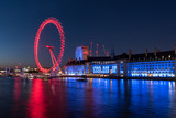 Fototapeta Londyn - Evening at the London Eye and the River Thames in London, UK