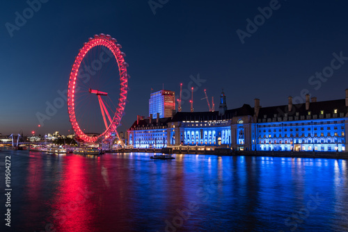 Photo Evening at the London Eye and the River Thames in London, UK