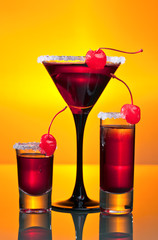 Obraz na Szkle alcoholic drinks with cherries
