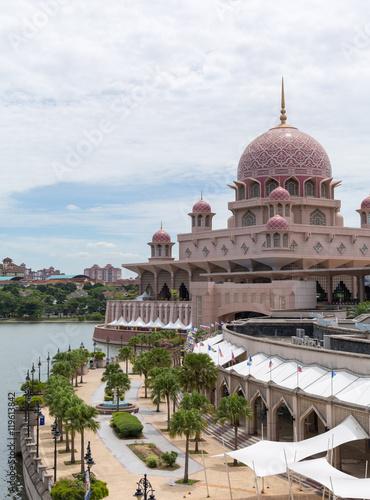 Putra Mosque (Masjid Putra) at Putrajaya Malaysia Poster