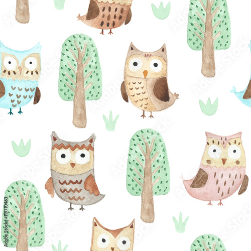 wzor-z-sowami-i-drzewkami-akwarela-dla-dziecka