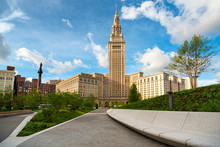 Cleveland's Terminal Tower Ris...