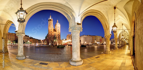 Fototapeta Cracow, Krakow Market Square at night, cathedral, Poland obraz