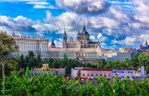 Spoed Fotobehang Madrid Cathedral Santa Maria la Real de La Almudena and the Royal Palace in Madrid, Spain