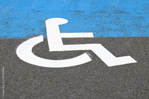 Fotografie, Obraz  身体障碍者の駐車場スペースのサイン