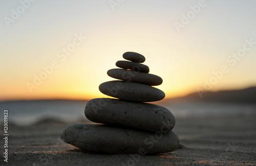 Fotografia  Zen stones on the sand