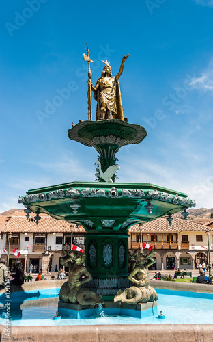 Fotografie, Obraz Fountain in the form of an Incan ruler Manco Capac in the Plaza