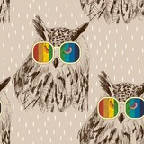 Vector sketch of owls with glasses. Retro illustration - 120069226