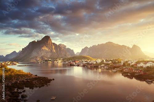 Poster Scandinavie summer sunrise, Reine Village, Lofoten Islands, Norway