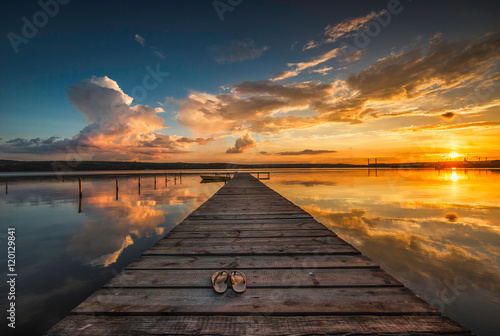 Foto-Leinwand - Small Dock and Boat at the lake (von ValentinValkov)