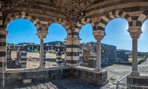 View at the Basilica Holy Trinity of Saccargia - Sardinia - Ital Fototapet