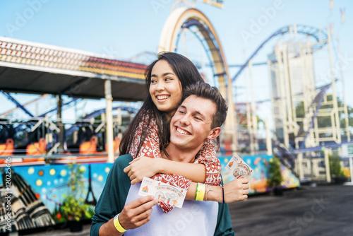 Poster Amusementspark Couple Dating Fun Park Enjoyment Amusement Concept