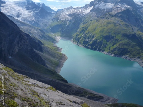 Staande foto Nieuw Zeeland stausee mooserboden dam in austrian alps