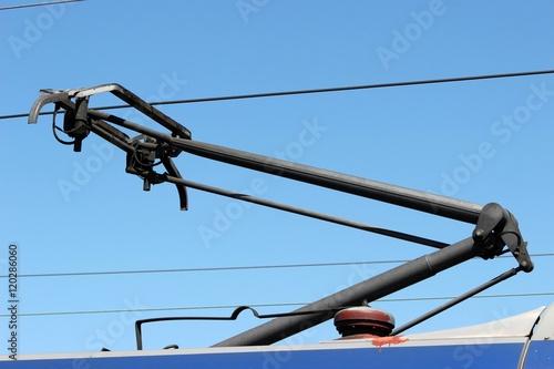 Pantographe de prise de courant sur un train Tapéta, Fotótapéta