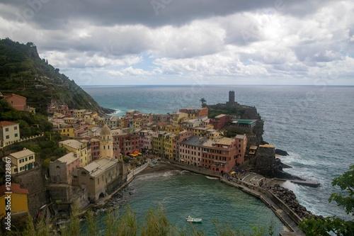 Foto op Canvas Vestingwerk Sea view of romantic Vernazza