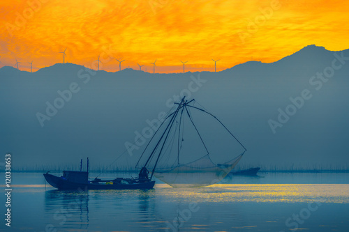 Fotografia, Obraz  Fishing boats at dusk