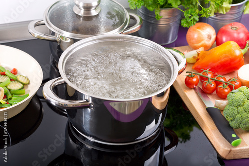 Fotografering  pan of boiling water