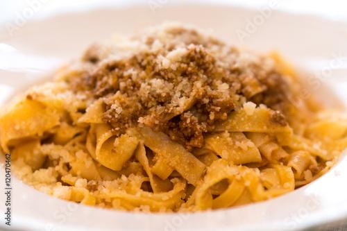 Photo Italian tagliatelle with tomato sauce