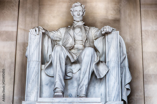 фотография  Abraham Lincoln statue at Washington DC Memorial