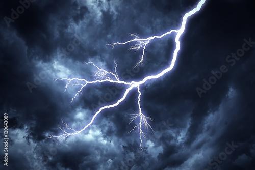 Lightning strike on the sky. Slika na platnu