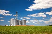 Farm Tin Silos Storage Towers ...