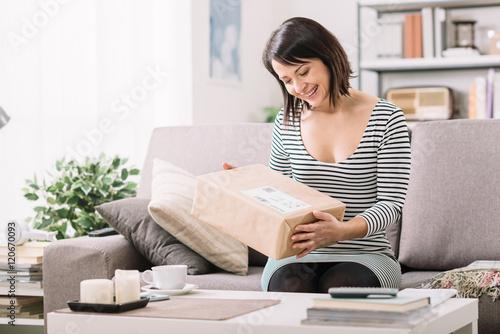 Fotografie, Obraz  Woman receiving a parcel