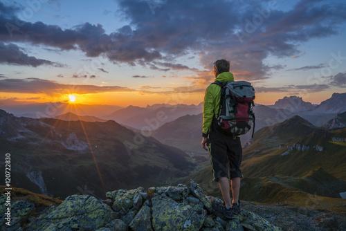 Foto op Plexiglas Alpinisme Sonnenuntergang in den Alpen