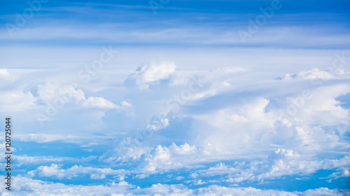 Photo  Blue sky and clouds. background. Sky background / Blue Sky and C