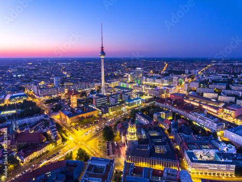 Zdjęcie XXL Wieża telewizyjna w Berlinie w nocy