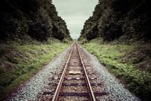 まっすぐな鉄道の線路