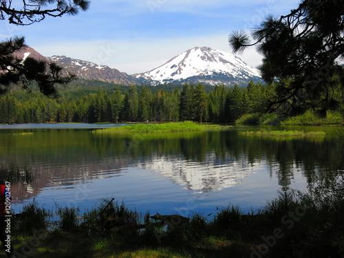 Foto auf Gartenposter Reflexion lassen volcanic national park