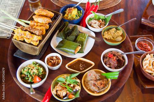 Fototapeta Delicious meal of Bali   obraz na płótnie