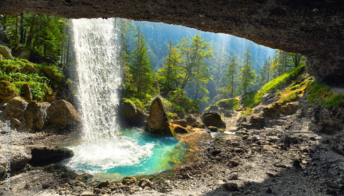 Cadres-photo bureau Cascade Wasserfall Pericnik in den Julischen Alpen - Slowenien