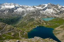 Panorama Sul Lago Serrù E Lago Agnel, Colle Nivolet, Ceresole Reale, Parco Gran Paradiso