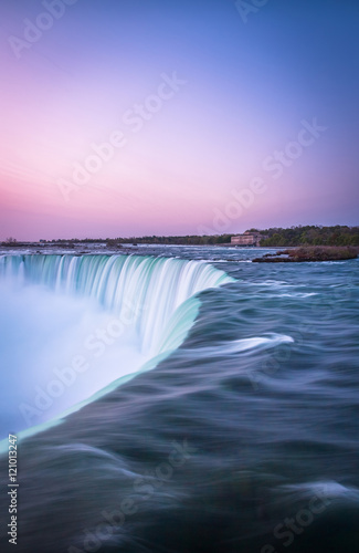 Tuinposter Purper canada, destination, falls, landmark, landscape, nature, niagara, ontario, river, sunrise, sunset, trip, vacation, visit, water
