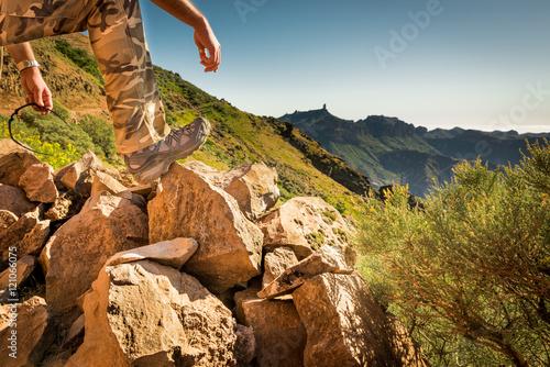 Foto op Plexiglas Alpinisme Montañismo trail en Gran Canaria, España, en plena naturaleza.