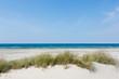 Leinwandbild Motiv Leerer Sand-Strand am Meer im Sommer