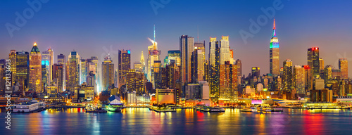 Photo sur Toile New York City View on Manhattan at night, New York, USA
