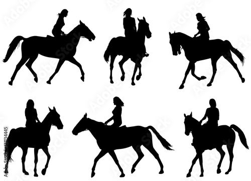 Photographie woman riding horse silhouettes - vector
