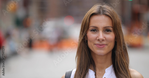 Photographie  Caucasian woman in city portrait face